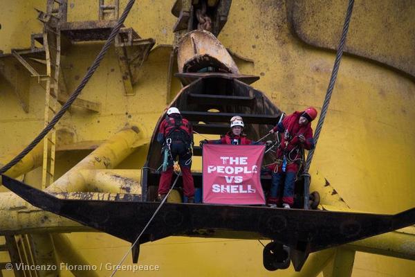 Protest an der Ölbohrplattform «Polar Pioneer»