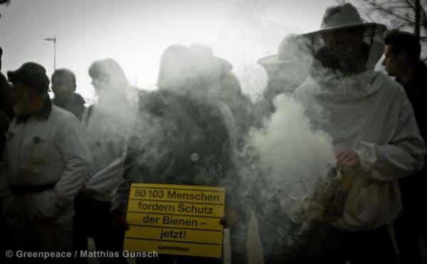Nationalrat lässt sich von Pestizid-Industrie an der Nase rumführen