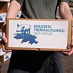 100'000 Unterschriften gegen Massentierhaltung!