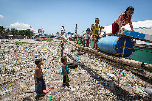 Informiere dich über Plastikverschmutzung