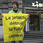 Grande distribution: les Suisses prêts à sortir de la culture du jetable, pas les détaillants