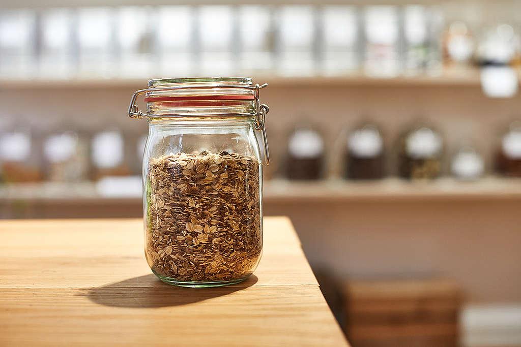 玻璃容器是減塑的熱門產品。
