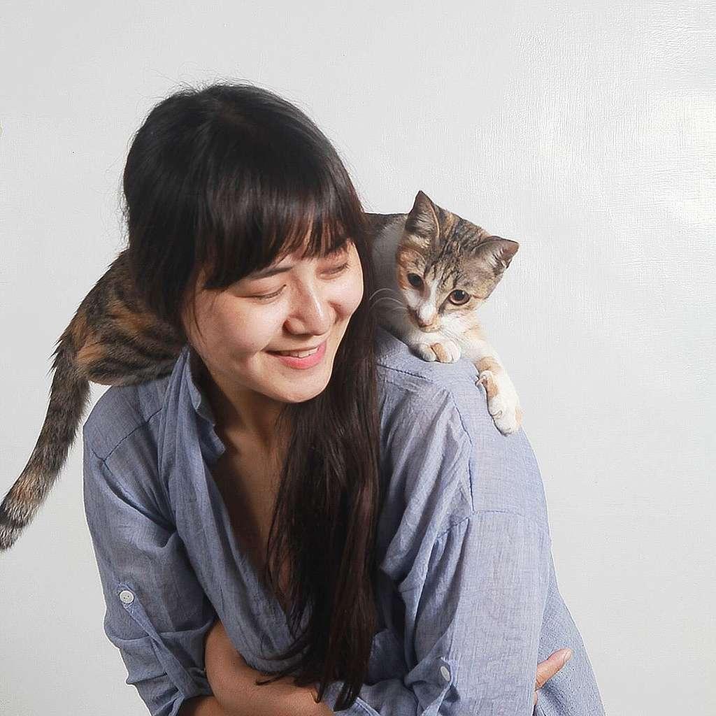 因為愛護動物,楚涵吃素已4年,並拒絕使用設計傷害動物的產品。