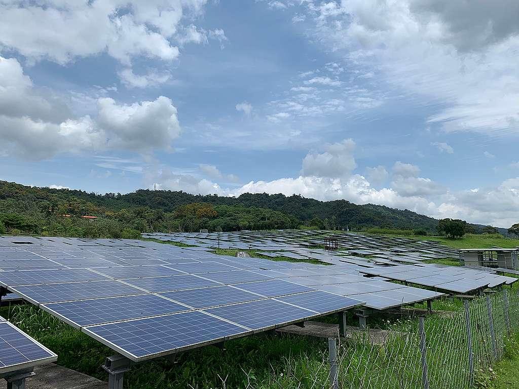 福德坑的能源之丘,臺北市最大的太陽能電站。