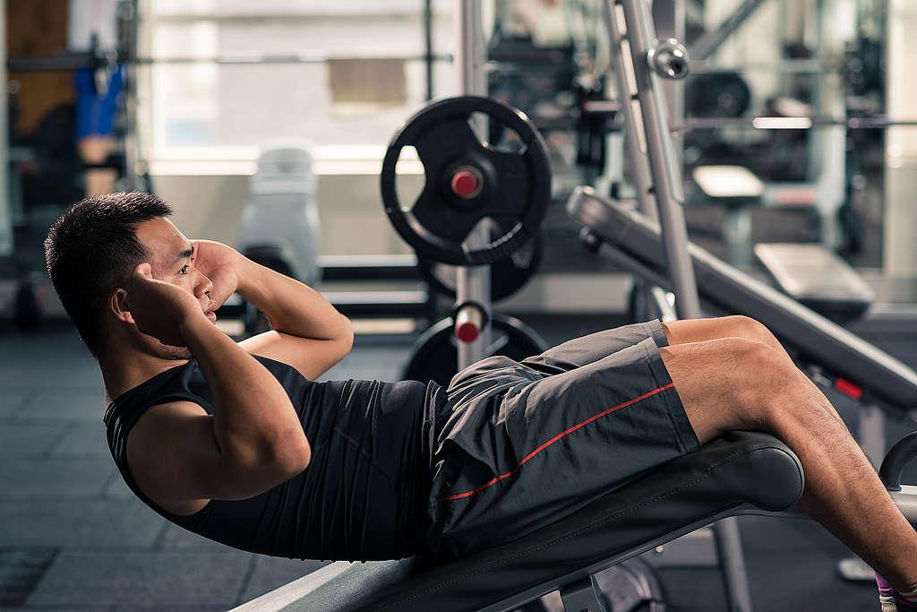 健身近年來形成風潮,許多人卻為了補充蛋白質吃進大量肉品。