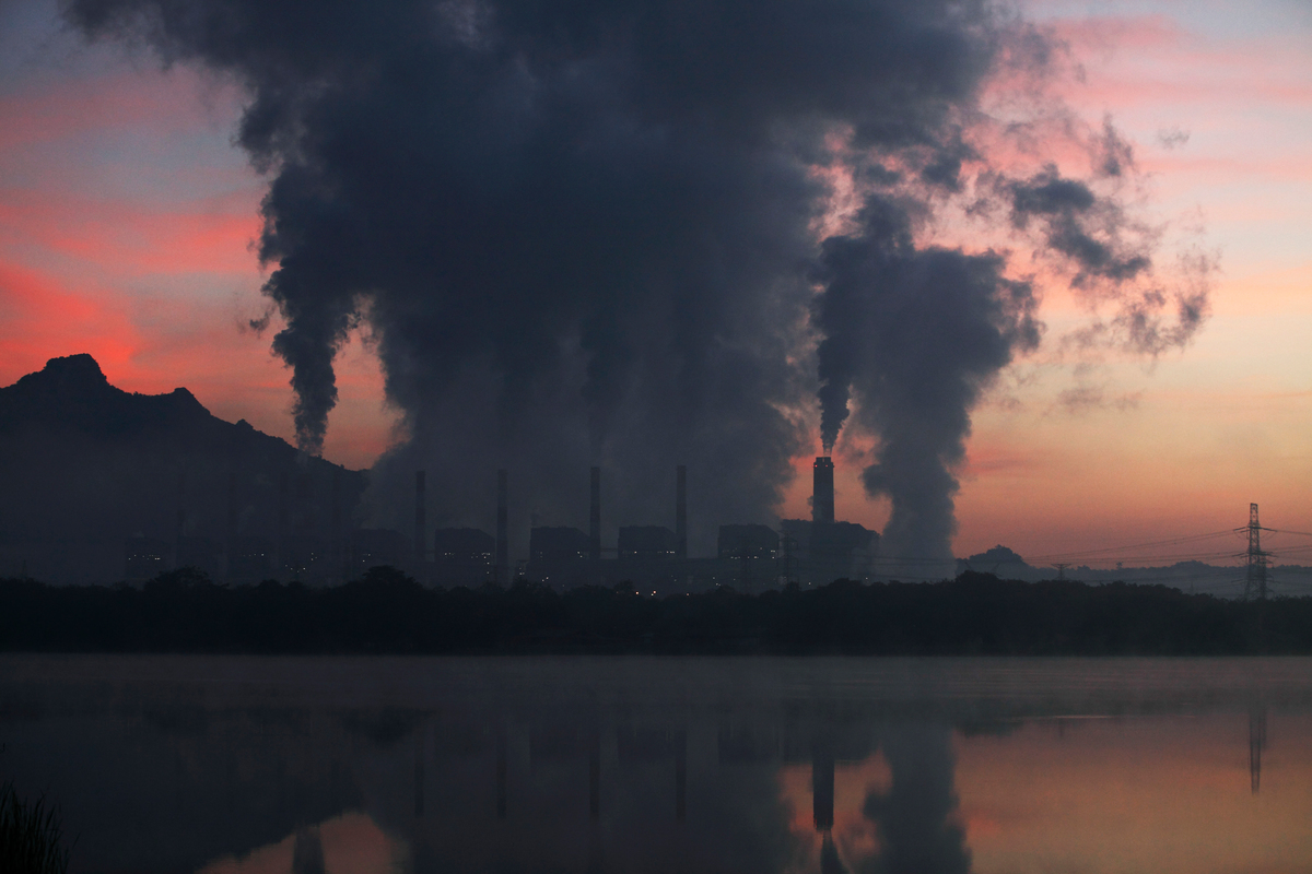 Mae Moh Coal Burning Power Plant in Thailand. © Luke Duggleby / Greenpeace