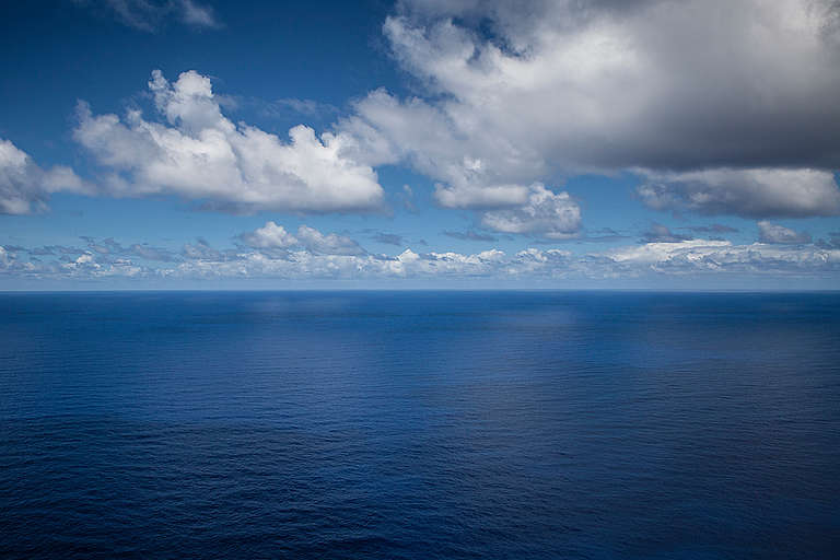 Aerial view of the Indian Ocean. © Will Rose / Greenpeace