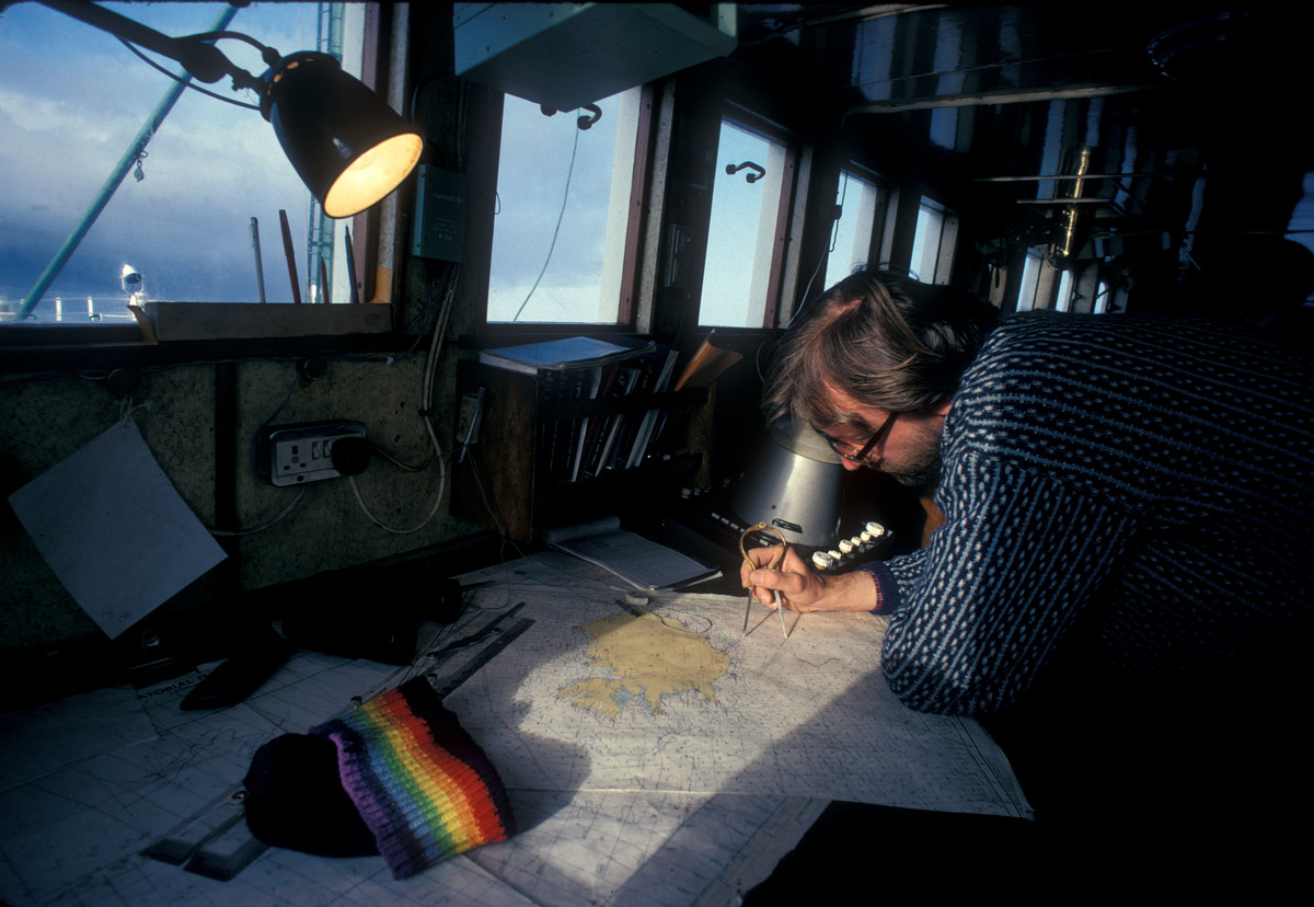 Nick Hill onboard the Rainbow Warrior. © Greenpeace / Jean Paul Ferrero
