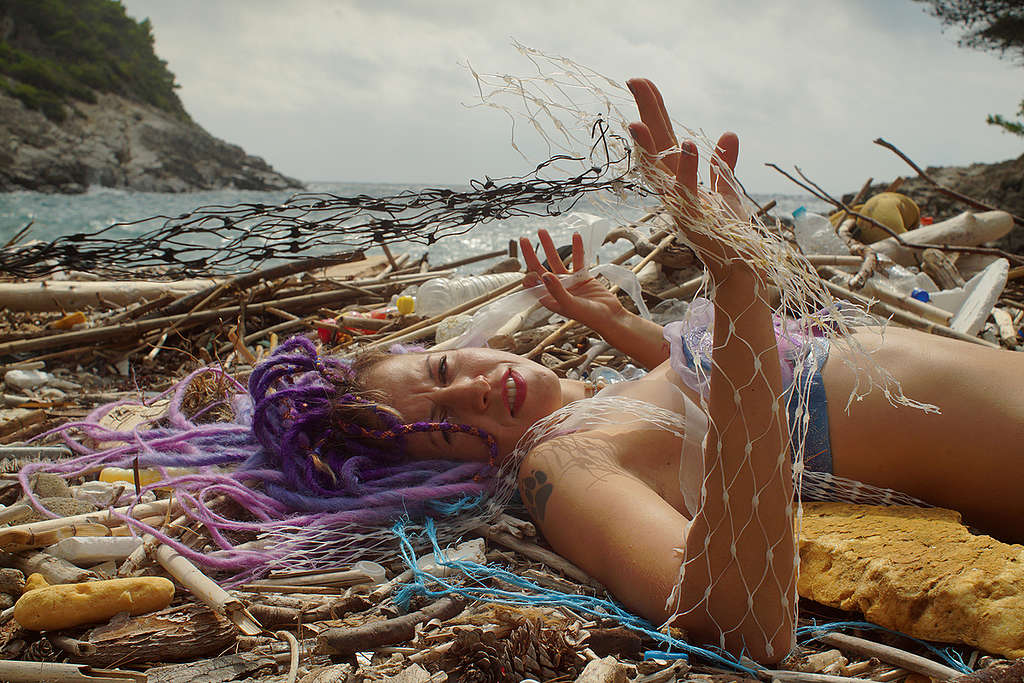 Mermaid in Distress on the Island Mljet in Croatia. © Hrvoje Šimic / Greenpeace