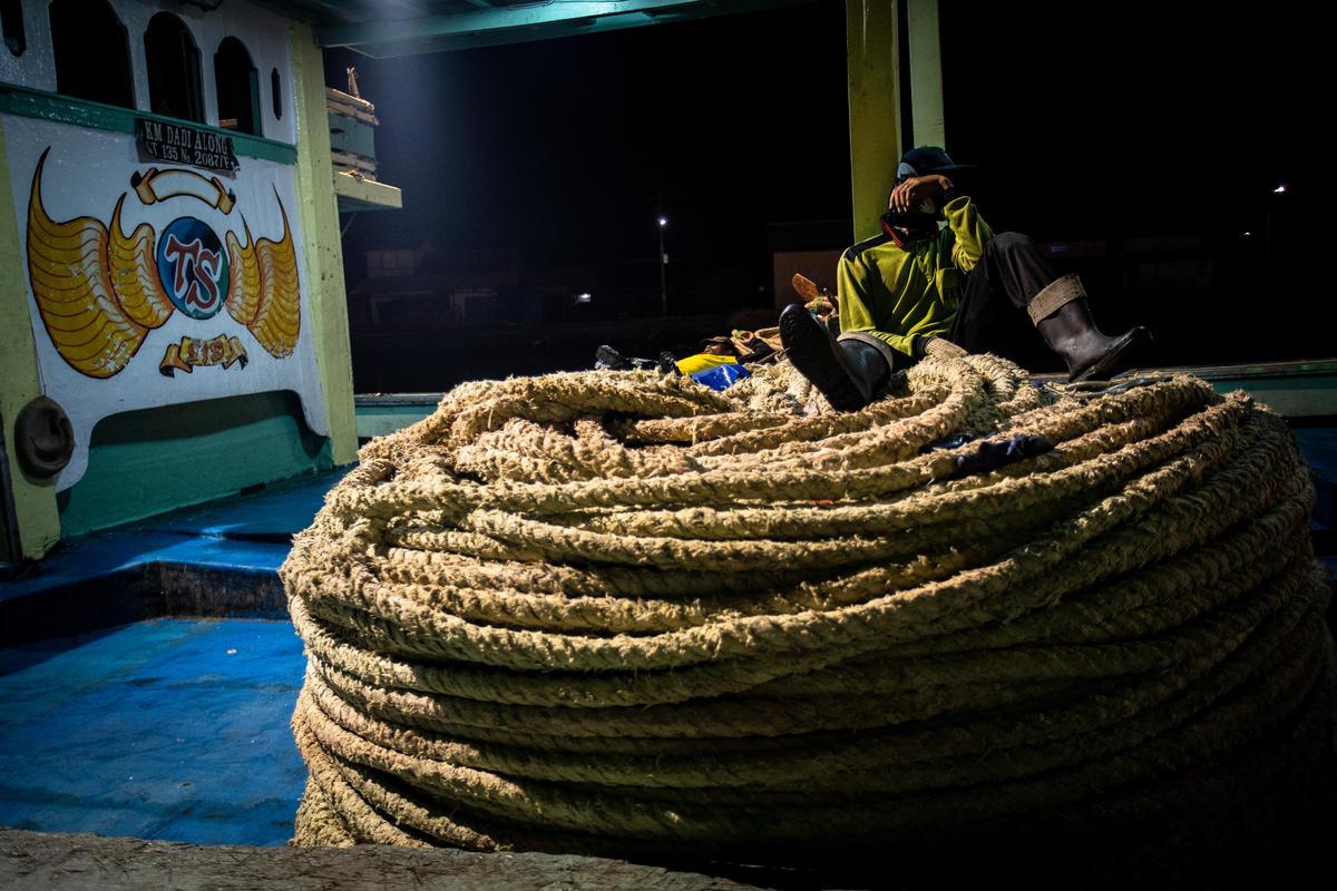 Migrant Fishermen in Indonesia. © Jurnasyanto Sukarno / Greenpeace