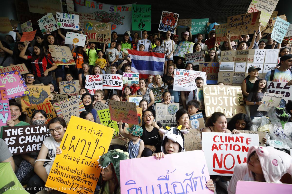 Global Climate Strike in Bangkok. © Tadchakorn  Kitchaiphon / Greenpeace