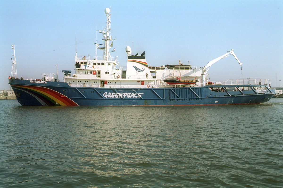 Greenpeace Ship MV Esperanza in Amsterdam. © Greenpeace / Sander Lameyer