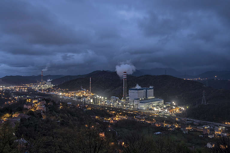 Coal-fired Power Plant in Turkey. © Caner Ozkan / Greenpeace
