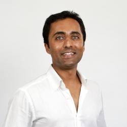 Dr  Niroshan Sivathasan, MB, BS (Lond), MRCS, AFACP, FCPCA