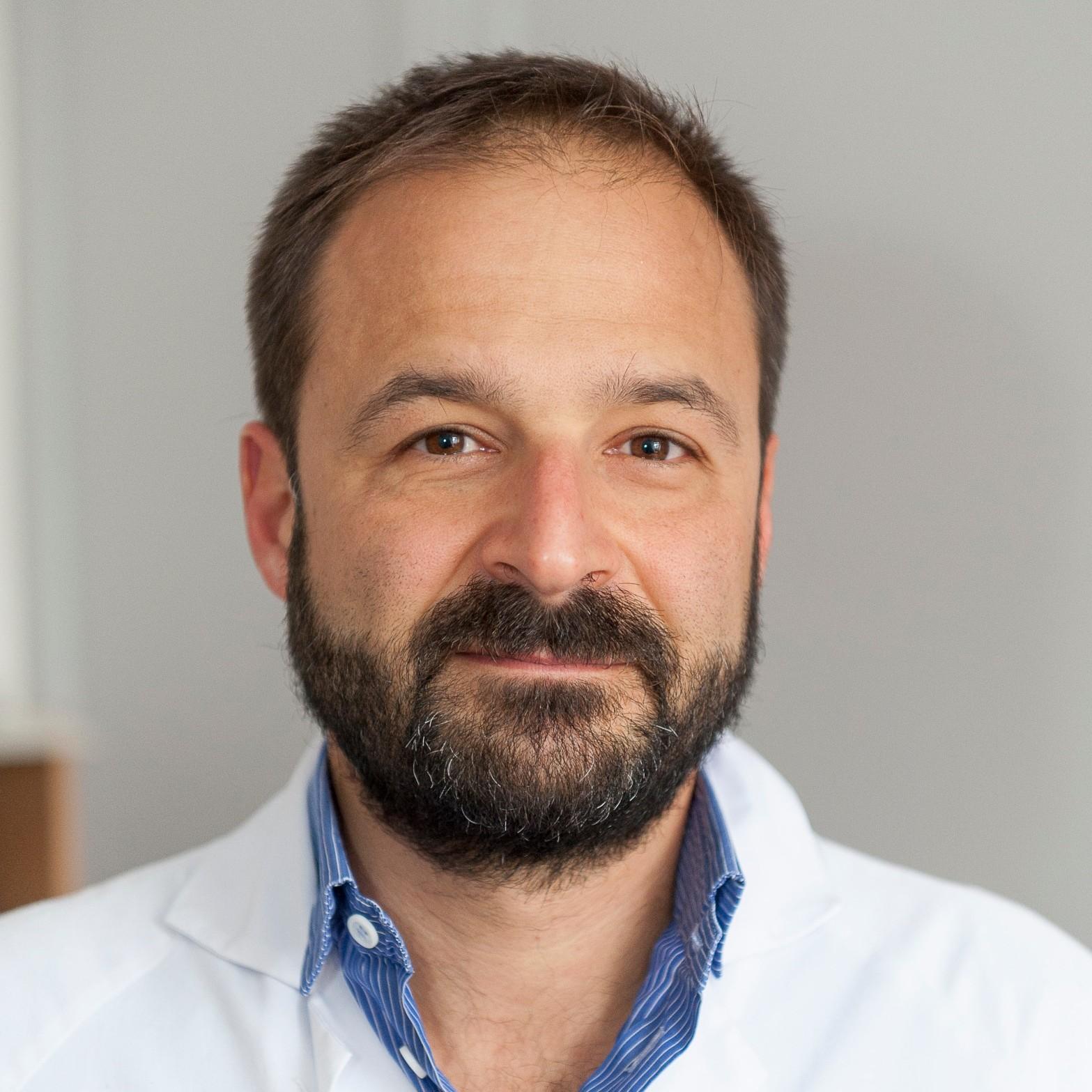 Dr. Samy Lachkar, MD,