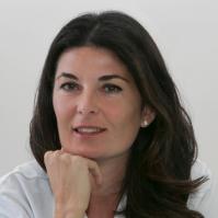 Dr. Laura Rienzi