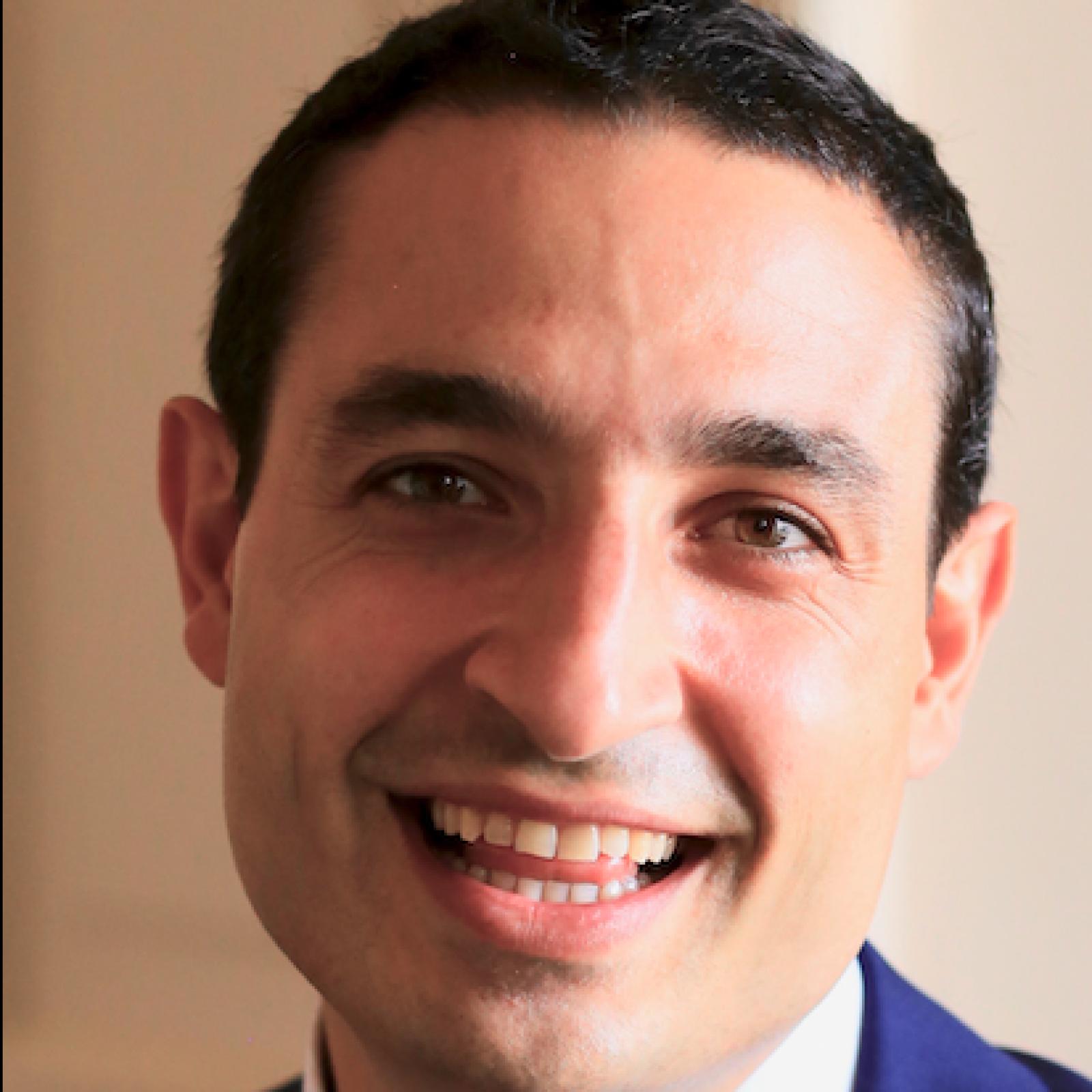 Dr. Vito Romano