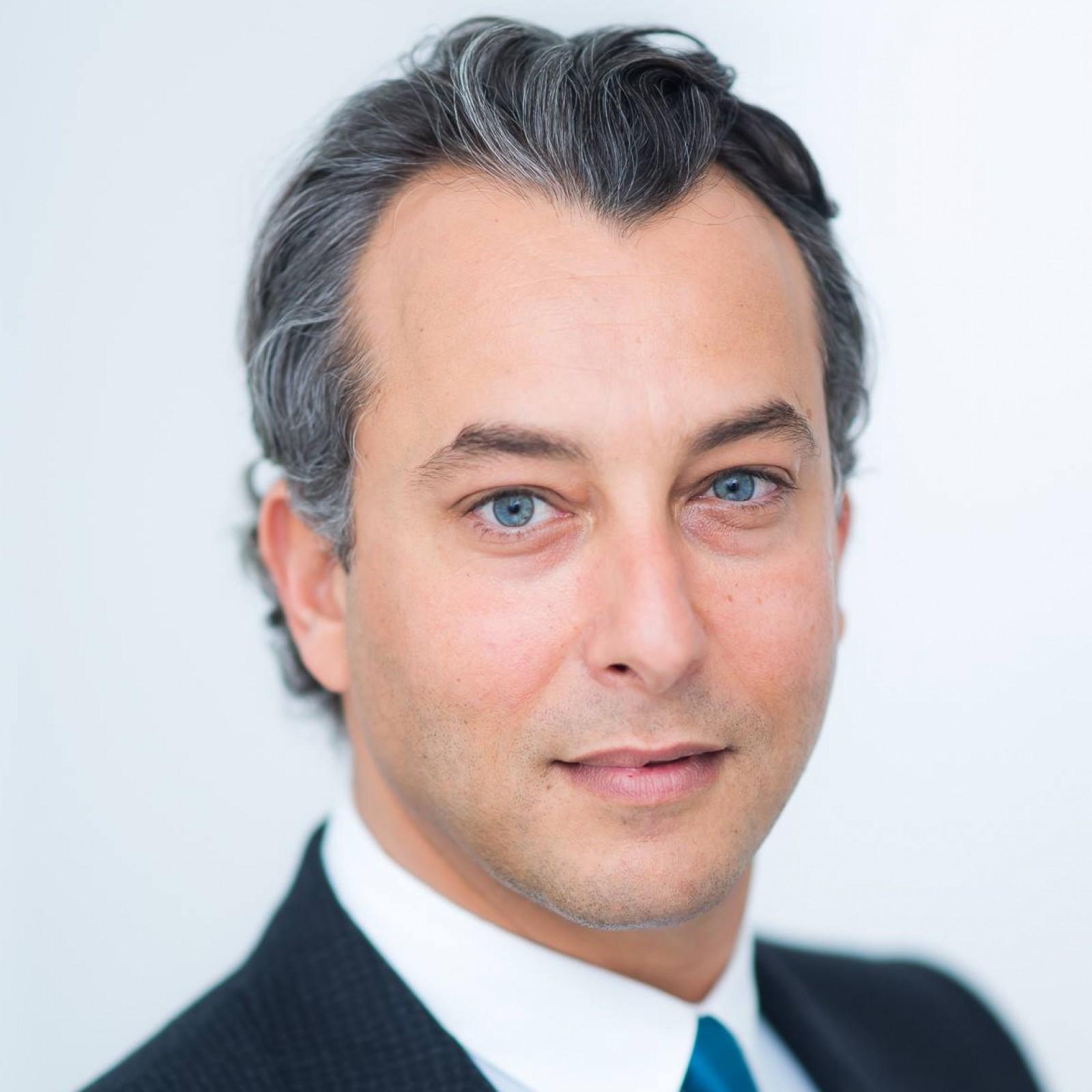 Dr. Olivier Amar