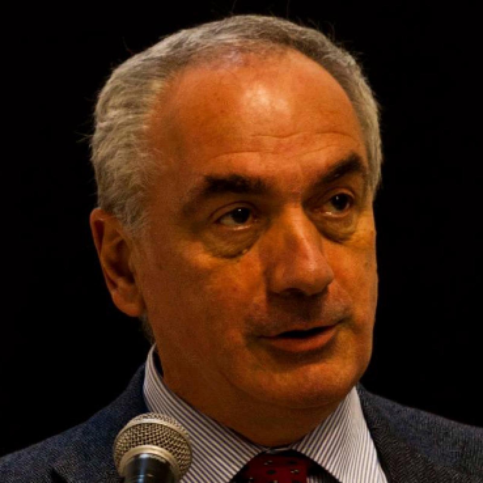 Prof. Alfredo Guarino