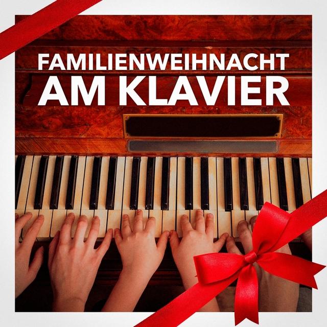 Familienweihnacht am Klavier