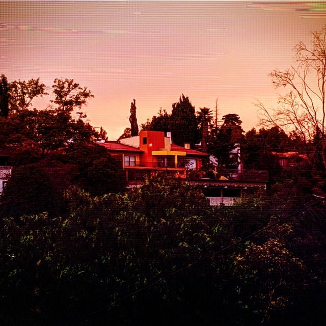 Couverture de The Orange House