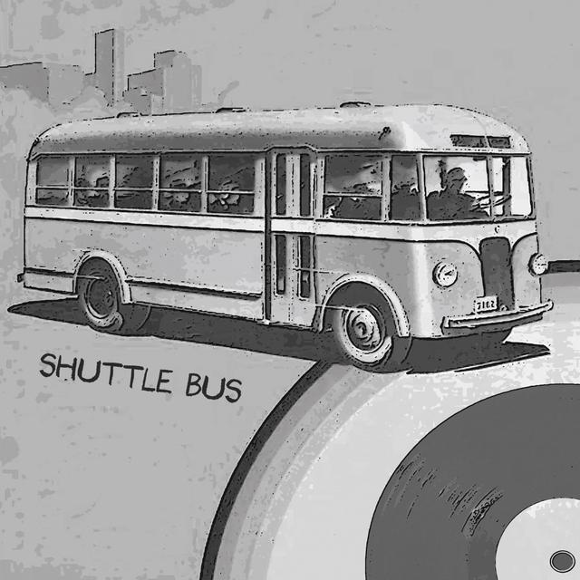 Couverture de Shuttle Bus