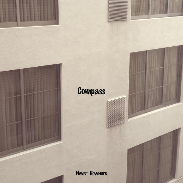 Couverture de Compass