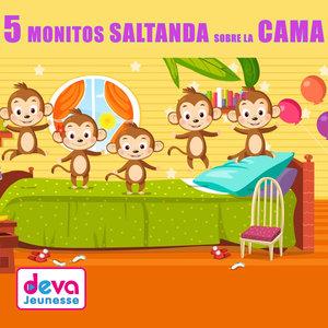 Cincos monitos saltanda sobre la cama | Titia&Gg