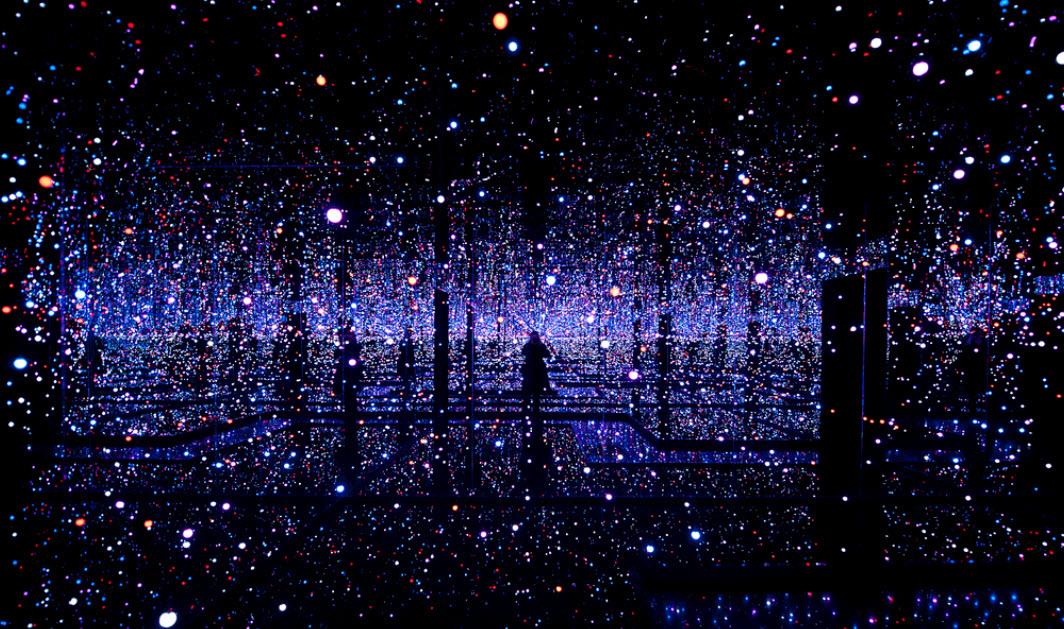 Yayoi Kusama S Infinity Mirrored Room