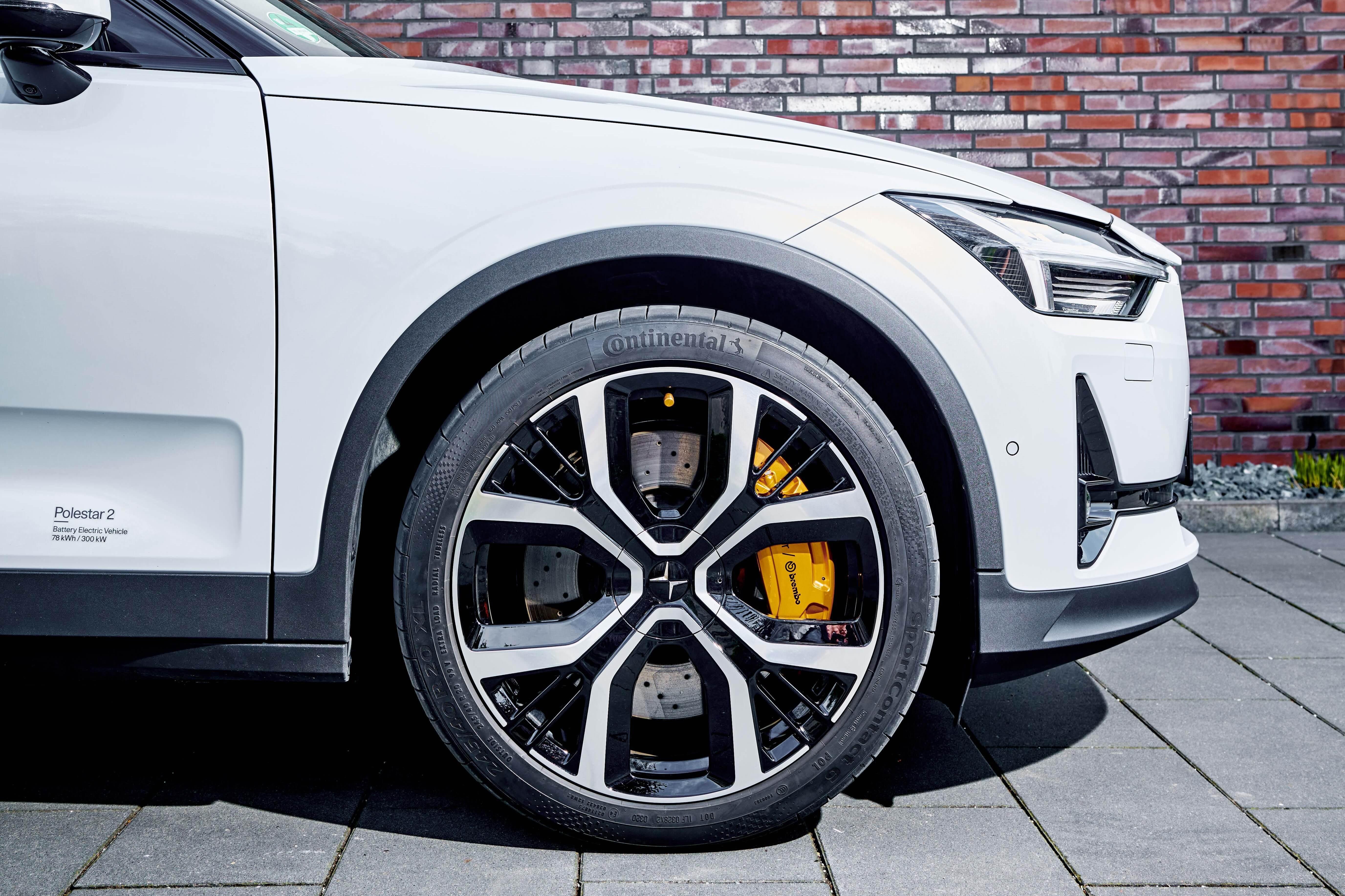 Sei dei dieci produttori di veicoli elettrici di maggior successo al mondo si affidano ai pneumatici Continental