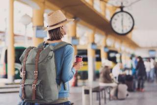 Kun käyt matkustaessasi esimerkiksi lääkärin luona, voit näyttää Pohjantähdeltä saamaasi matkavakuutuskorttia.
