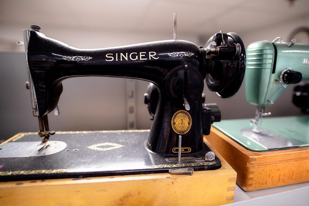 vanha Singerin ompelukone