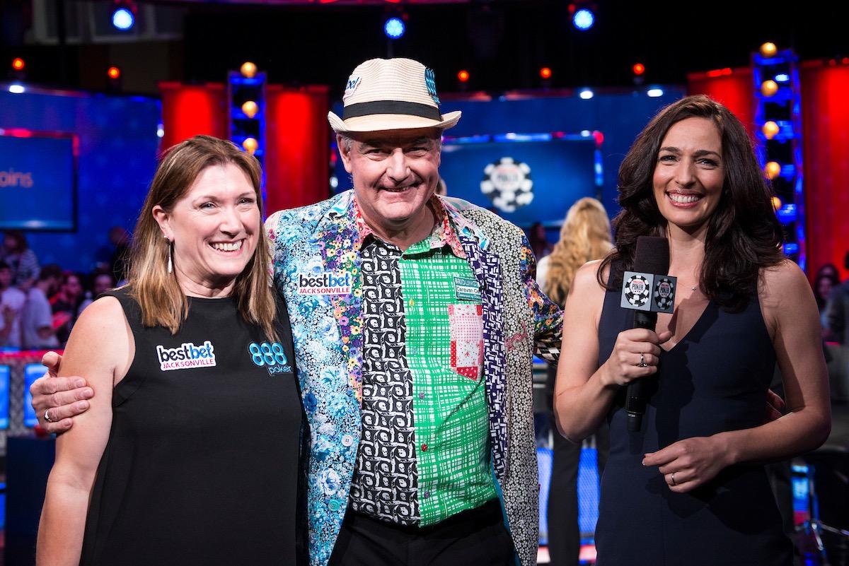 John Hesp with his wife, interviewed by Kara Scott (Photo: PokerPhotoArchives.com)