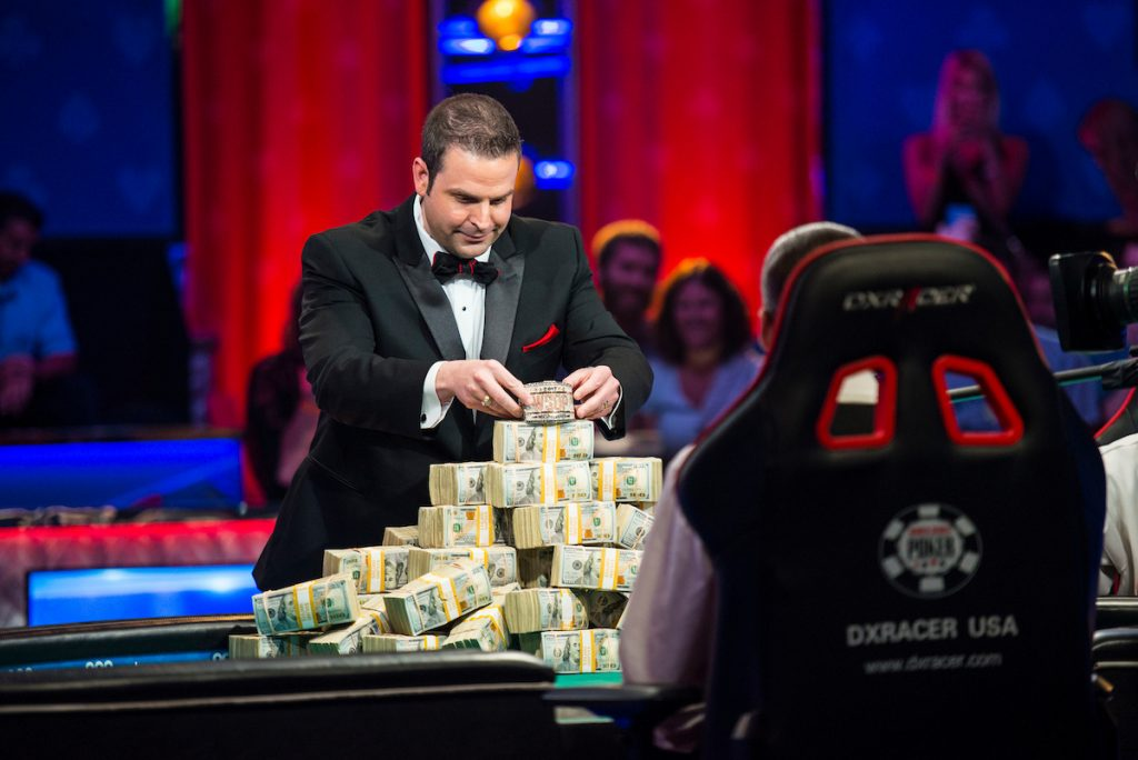 Jack Effel places the diamond encrusted WSOP Main Event bracelet on the cash with two players remaining in 2017.