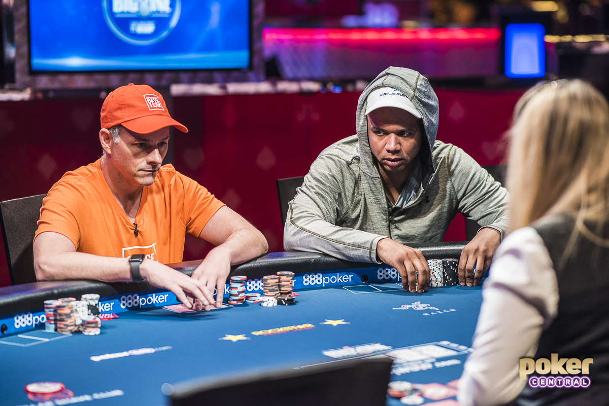 David Einhorn squaring off against Phil Ivey on Day 2 of the Big One for One Drop.