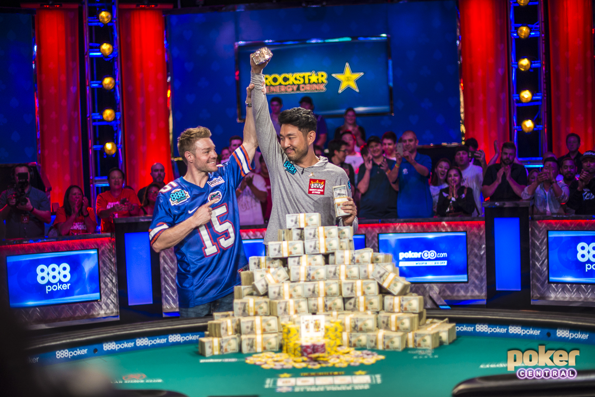 Instantly iconic: John Cynn wins the 2018 WSOP Main Event and Tony Miles raises his arm to share in the celebrations after finishing in second place.