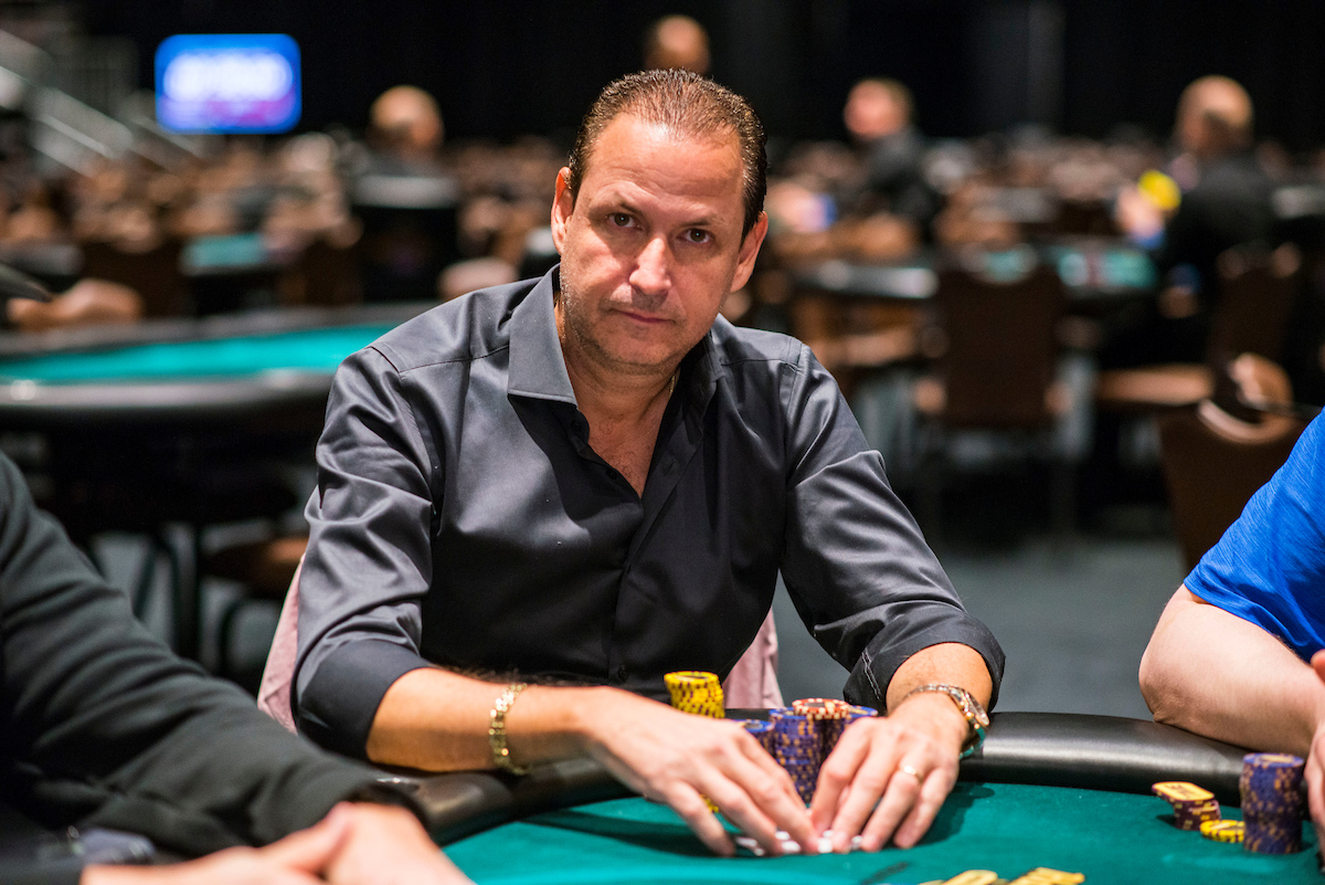 Eric Afriat in action during the WPT Seminole Hard Rock Poker Showdown on his way to the final table. (Image: PokerPhotoArchives/Joe Giron)