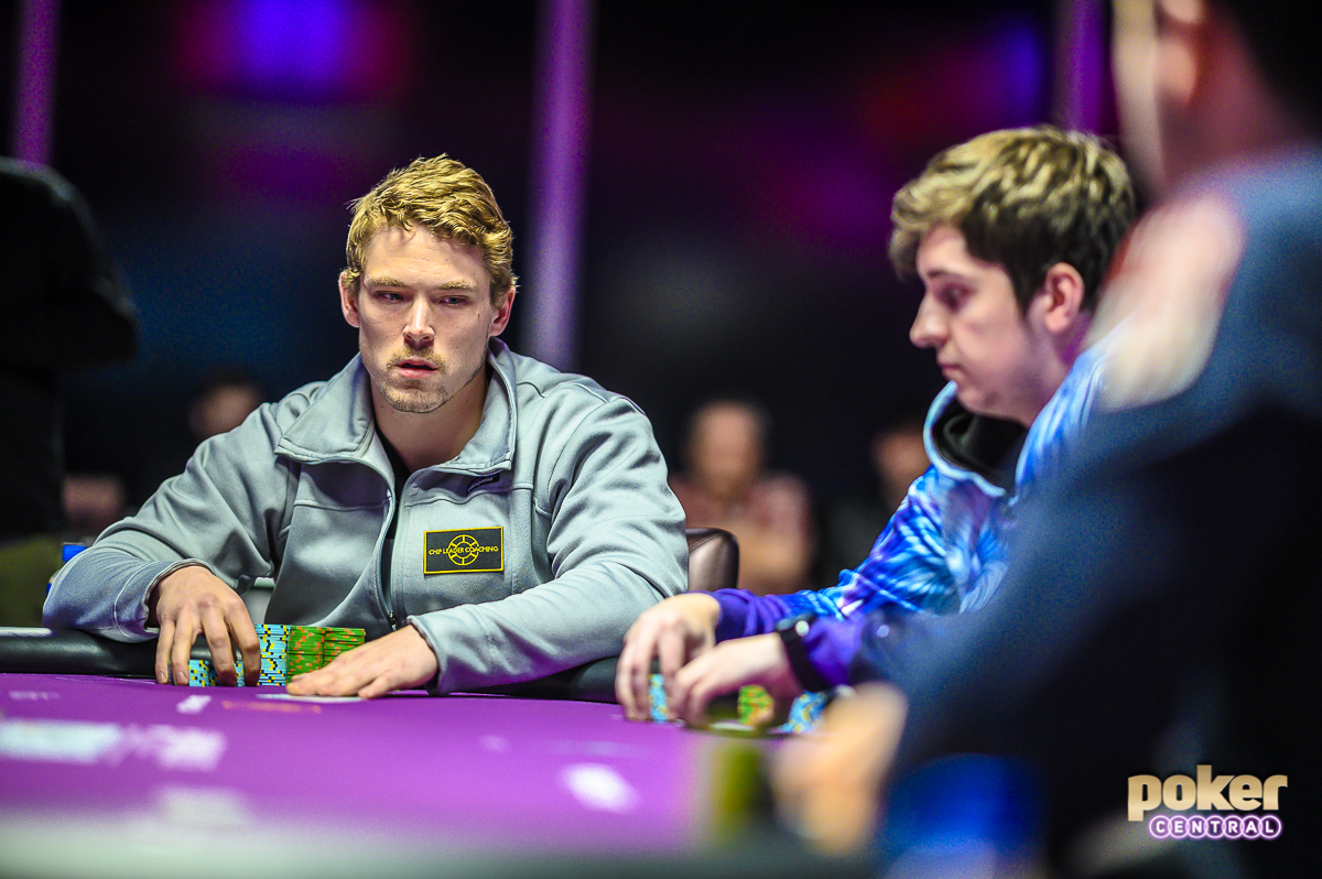 Alex Foxen in action next to Ali Imsirovic during Super High Roller Bowl V.