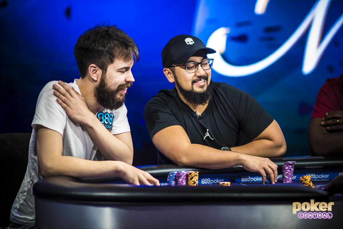 Ryan Tosoc next to Dominik Nitsche at the final table of the $10,000 Short Deck event at the 2018 Poker Masters.