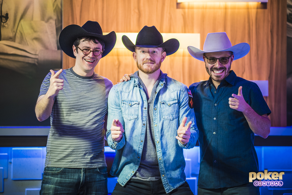 Dan Smith is known to show up from time to time with his cowboy hat, gifted by none other than the legendary Doyle Brunson. For the $100,000 Main Event, Smith decided to return the favor, gifting hats to Ike Haxton and Jason Koon prior to starting on Day 1.