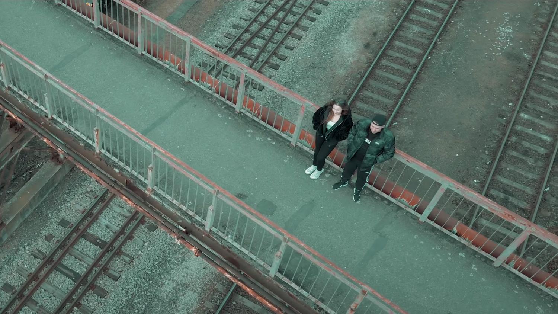 Kadr z klipu