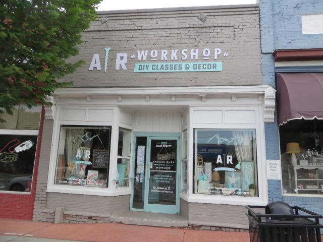AR Workshop DIY Classes & Decor