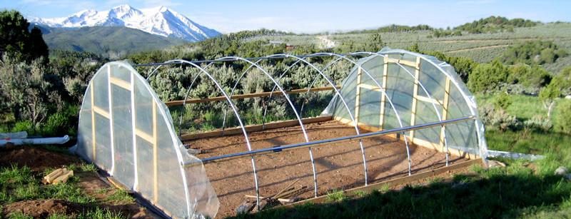 C mo construir un invernadero hidrop nico for Materiales para un vivero