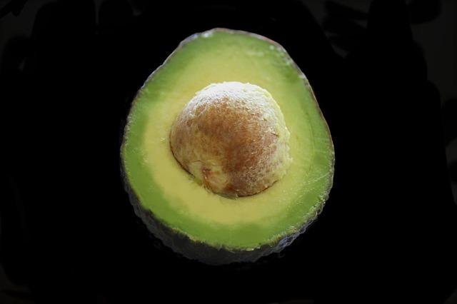 avocado-1432266_640