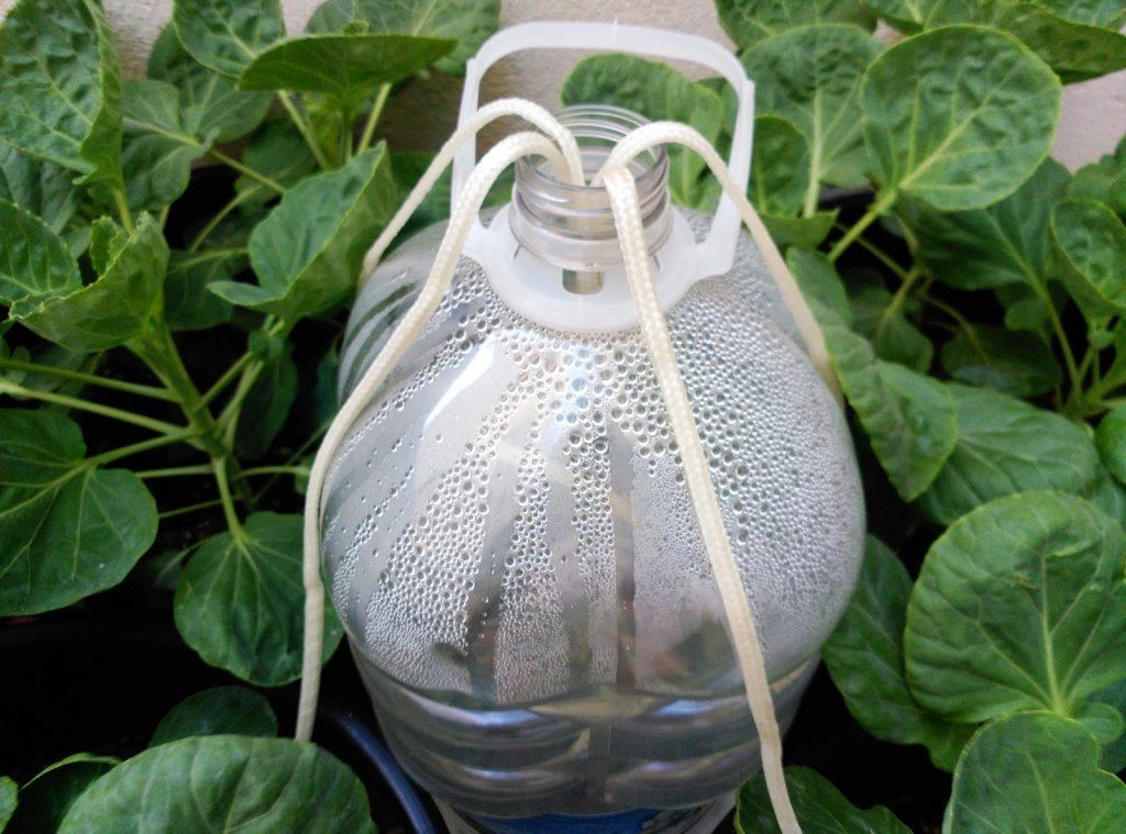 Para tener un riego constante y sin derrochar agua en tu for Aspersores para riego de jardin