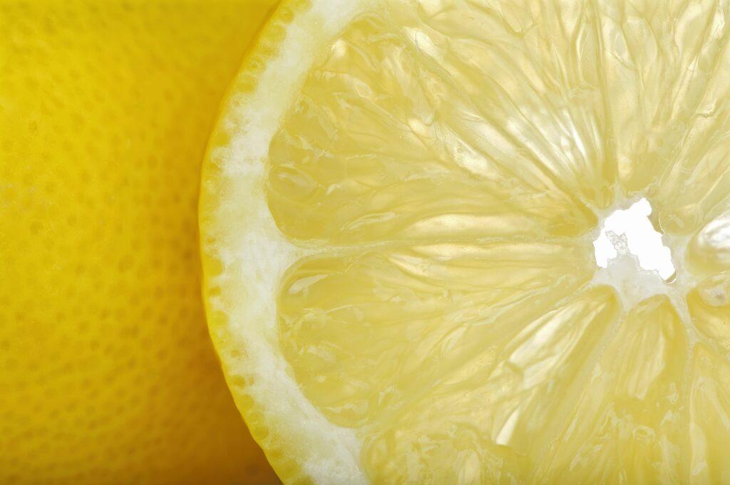 AILIMPO propone a UE que sustituyan ácido cítrico por jugo de limón ecológico