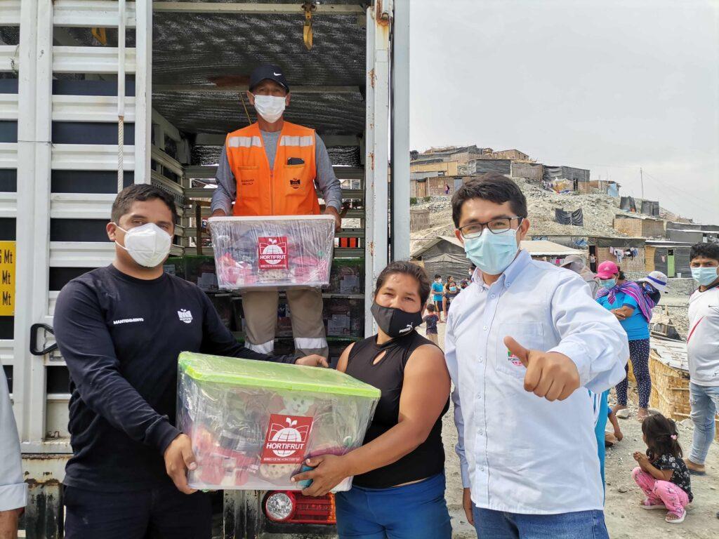 Hortifrut contribuye con canastas de víveres para cerca de 2.500 familias de comunidades de Chao en La Libertad