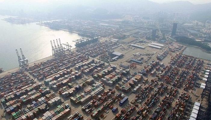 Brote de Covid en puerto chino exacerba retrasos en la cadena de suministro global