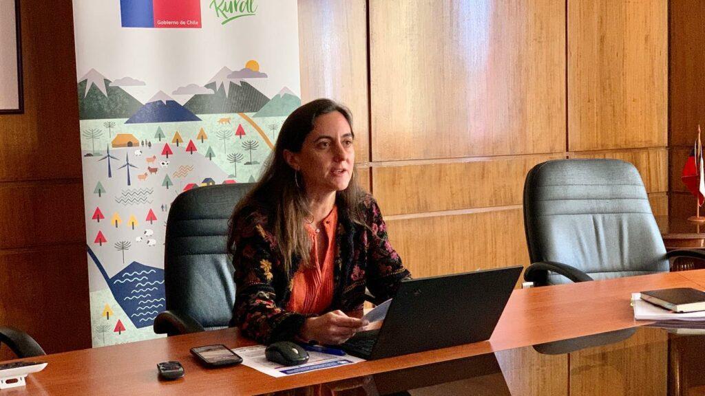 Ministra de Agricultura de Chile destaca innovación y tecnología agraria en Ñuble