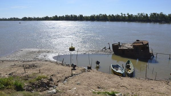 Argentina declara estado de emergencia hídrica debido a histórica baja en el río Paraná